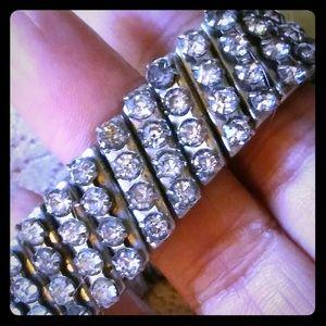 Vintage Jewelry - Vintage Expandable Prong-set Rhinestone Bracelet